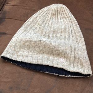 American eagle Outfitters reversible beanie